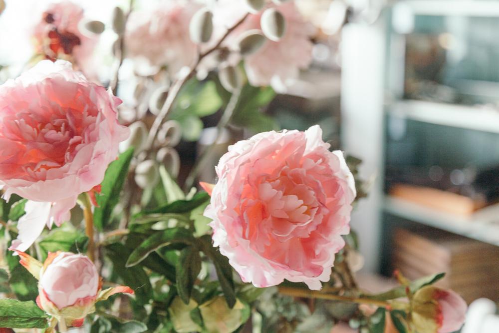 Bildergebnis für Betty MacDonald and her garden